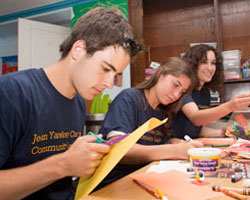 New Four-Year Service Program Aims to Build Bonds Between Students and Community Partners