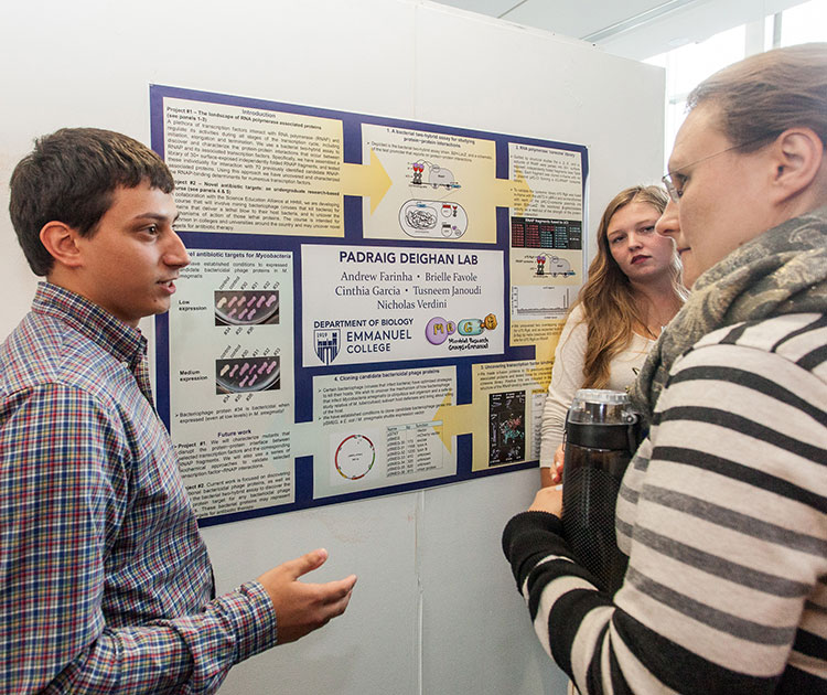 Emmanuel Undergraduate Students Present Pioneering Summer Research Projects